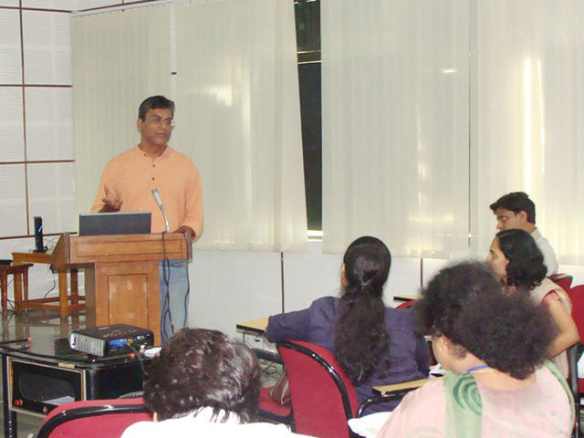 Rahul Goswami presenting his views on agropedia